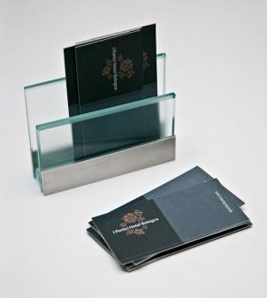 Visitenkartenhalter aus transparentem Glas