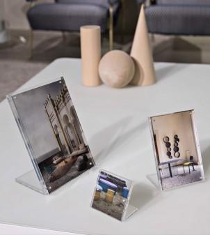 Tischständer für Informationen und Bilder