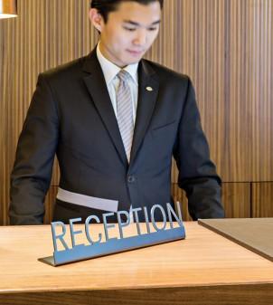 Thekenschild für Rezeption - Hotelbedarf APIR
