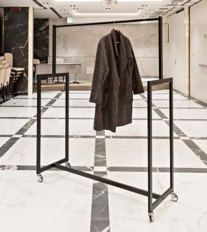 Design Kleiderstange für Hotel mit Rollen
