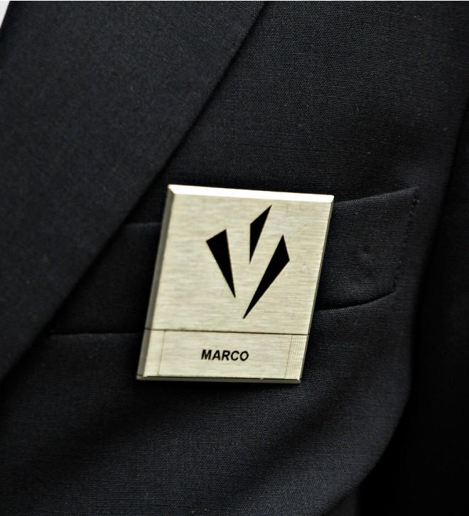Namensschild mit Magnet