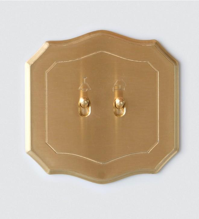 Abdeckrahmen im Barock-Design, mit Kippschaltern