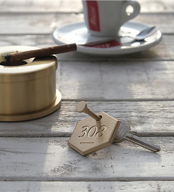Hotel-Schlüsselanhänger mit Zimmernummer