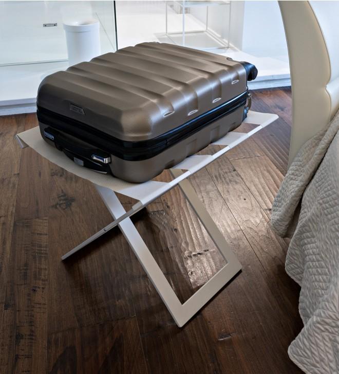Kofferständer für Hotel 'Suitty'. Klappbar.