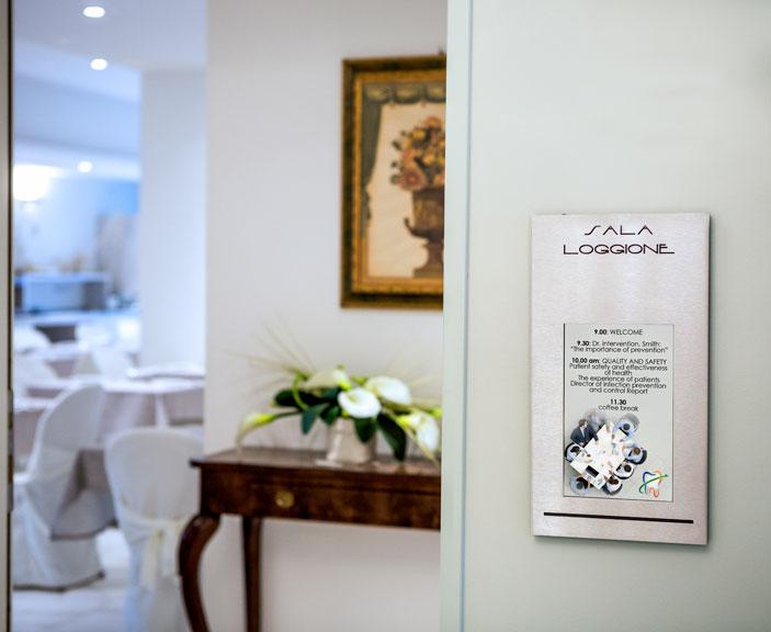Digitaler schild für hotel von Apir
